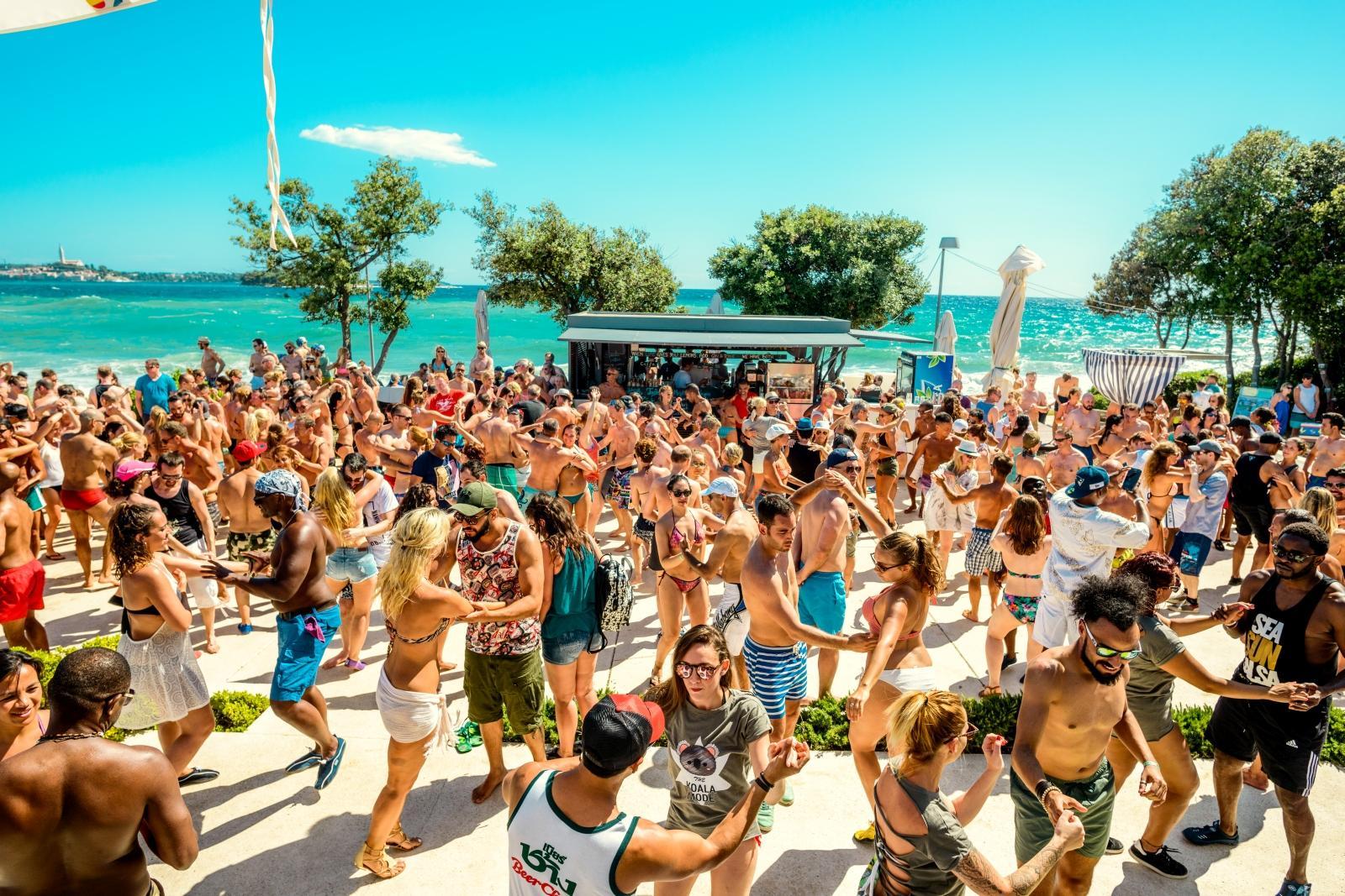 Фото пляж и вечеринки